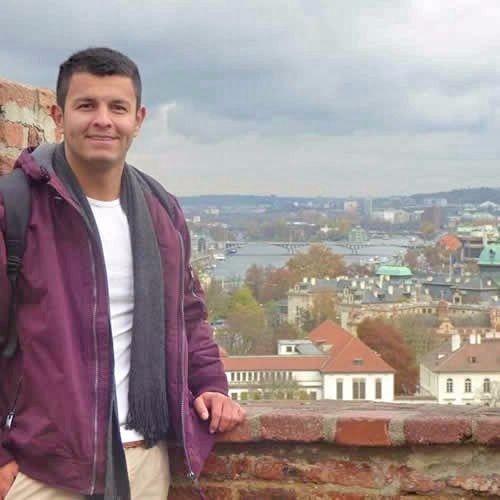 ¿Quien es Jorge Gil?. Foto Praga